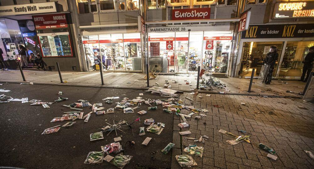 Un supermarché pillé à Stuttgart le 21 juin 2020