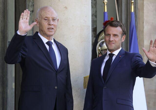 Kaïs Saied et Emmanuel Macron