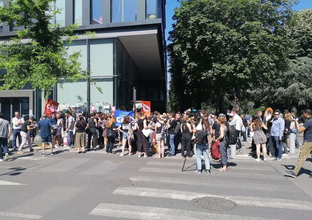 Plan social chez BFM/RMC, 1/3 des salariés visés: les grévistes dénoncent une «injustice»