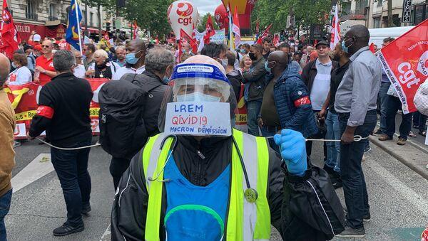 Le personnel soignant se mobilise pour une nouvelle manifestation à Paris, le 30 juin 2020 - Sputnik France