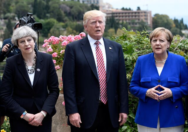 Theresa May Donald Trump et Angela Merkel