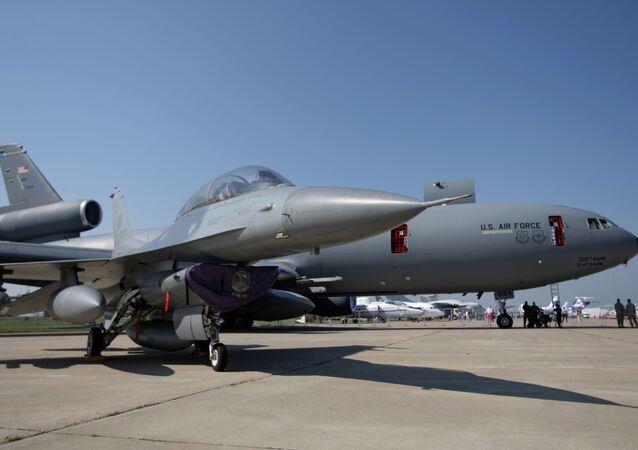 F-16 (photo d'archives)