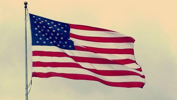 Un drapeau américain - Sputnik France