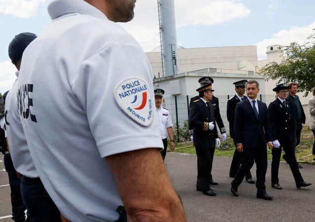 Gérald Darmanin et la police nationale à Paris