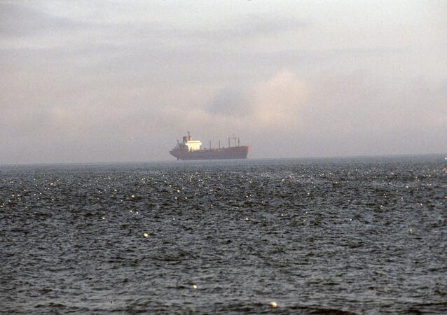 Un navire cargo. Image d'illustration