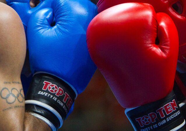 Frappe «folle»: un kickboxer met son rival K.O. et devient une star sur internet (vidéo)