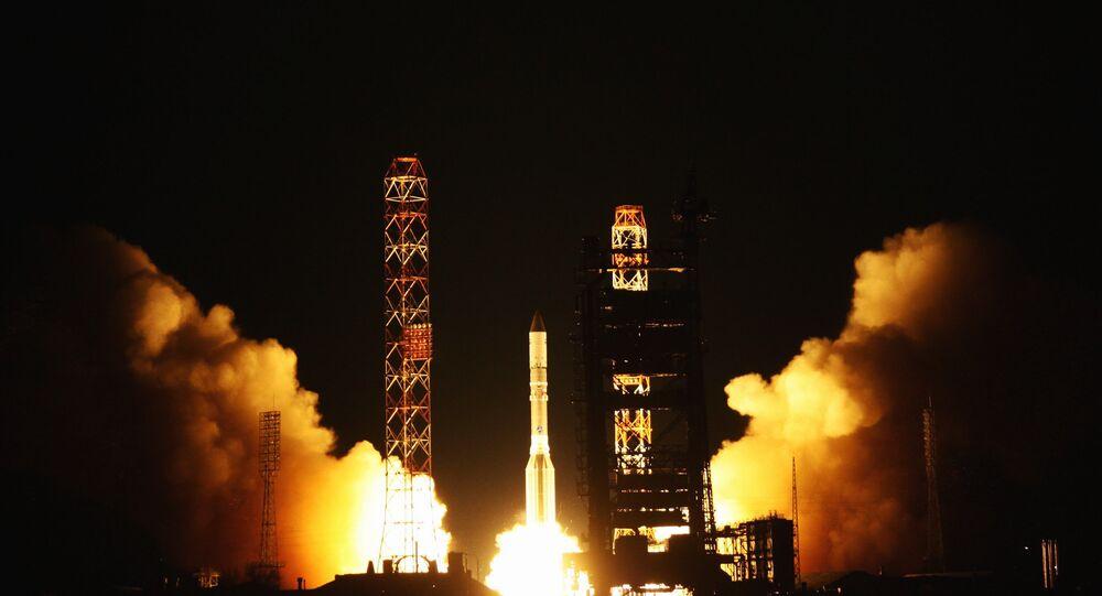 Lancement d'une fusée Proton