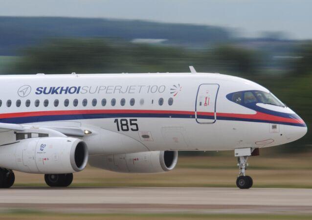 Le moyen-courrier Sukhoï SuperJet-100 (SSJ-100)