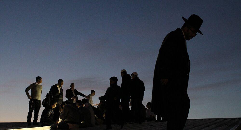 Des Juifs ultra-orthodoxes. Image d'illustration