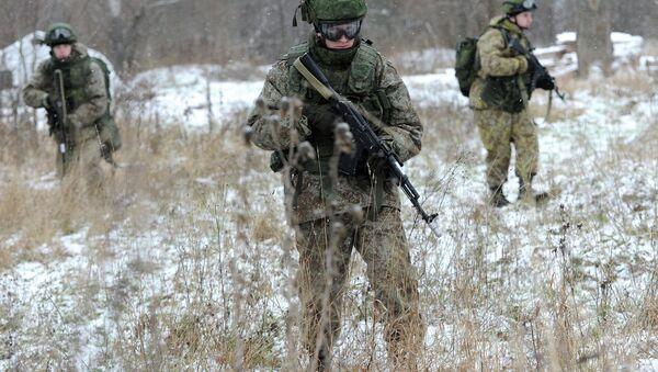 Soldat du futur: le Ratnik commence à équiper l'armée russe - Sputnik France