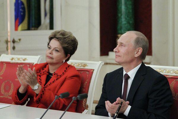 Présidente brésilienne Dilma Rousseff et président russe Vladimir Poutine - Sputnik France