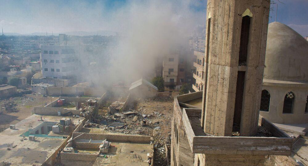 Les troupes gouvernementales  mènent une opération contre l'Armée syrienne libre dans la ville de Daraya