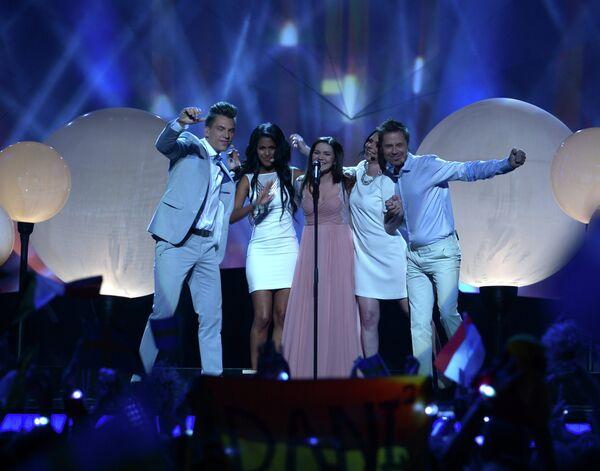 Lauréate de la version russe de l'émission The Voice, Dina Garipova a présenté sa chanson What If recueillant 174 points. - Sputnik France