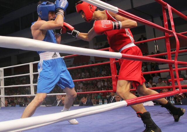 Bagarre monstre après un tournoi de boxe aux USA (vidéo)