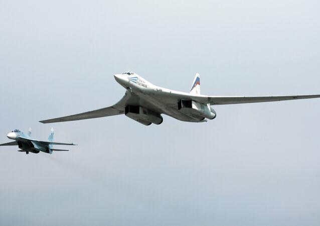 un Tu-160