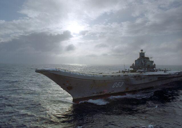 Le porte-avions Amiral Kouznetsov