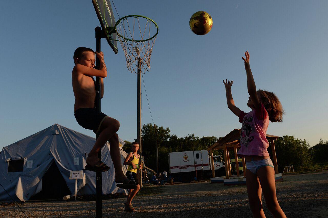 Dans un camp de réfugiés ukrainiens