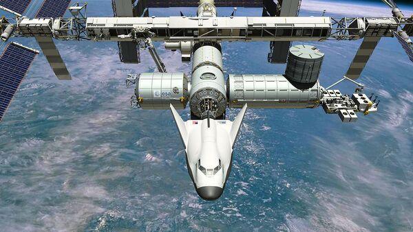 Le vaisseau habité réutilisable Dream Chaser s'arrime à l'ISS - Sputnik France