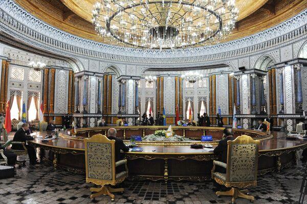 Sommet de l'OCS: plusieurs accords signés à Douchanbe - Sputnik France