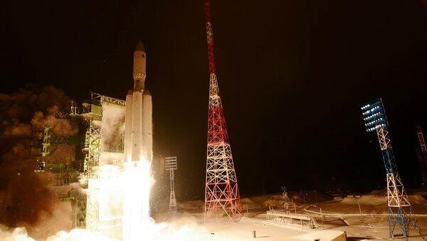 Premier tir du lanceur lourd russe Angara-A5 - Sputnik France