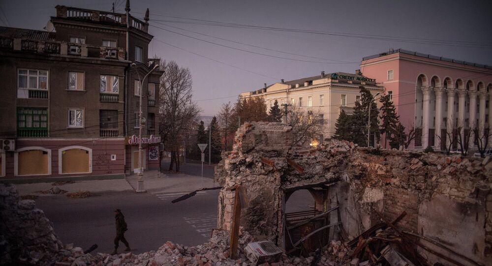 L'armée ukrainienne pilonne neuf fois le Donbass en 24h